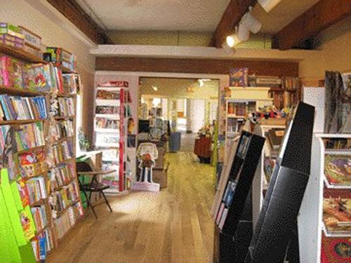 Best Bookstores On The South Shore And In Cape Cod