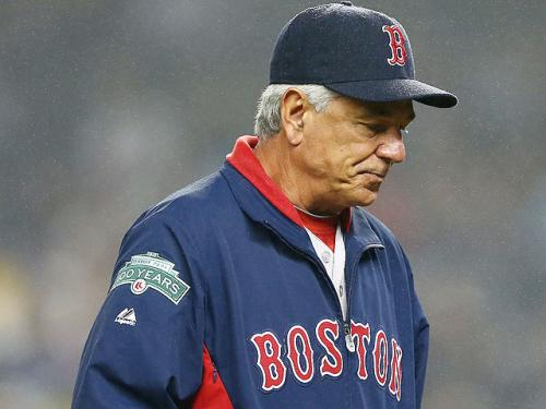 Bobby Valentine Crashes Bike While Reading Text Message From Dustin Pedroia