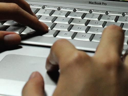 Businesses Take Active Role Against Negative Online Reviews