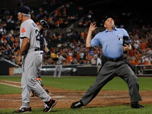 Gonzalez, Valentine Unhappy With 'Quick-Pitch'
