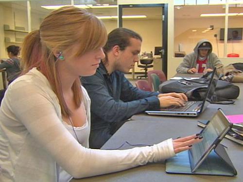 Job Market Improving For Teens