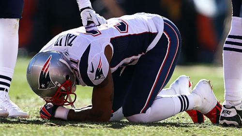 Jon Wallach, Caller Debate Whether Patriots Should Re-Sign The Oft-Injured Aqib Talib