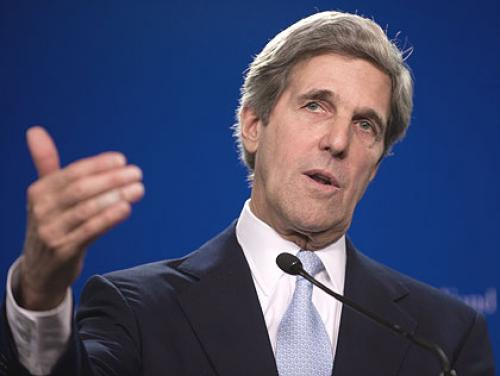 "Kerry Dismisses Romney As ""Out Of Touch"" In DNC Speech"