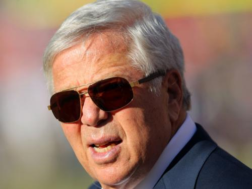 Kraft Wants Welker To 'Be A Patriot For Life … But It Takes Two Sides'