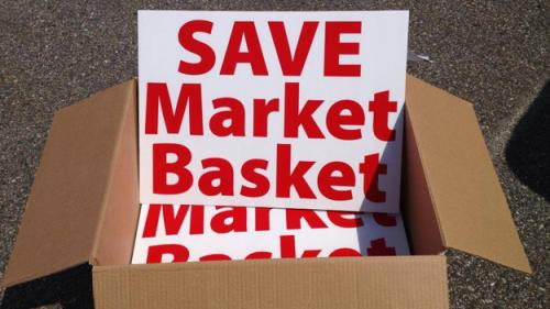 Market Basket Supporters Rally To Save CEO's Job