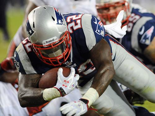 Patriots-Buccaneers 4 Ups, 4 Downs: Ridley Stong, O-Line Not