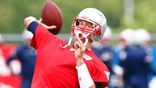 Patriots' 53-Man Roster Projection: What Will Tom Brady's Offense Look Like?