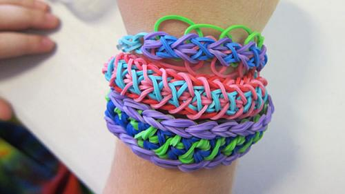 Rainbow Looms Becoming A Hot Toy For Kids