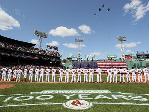 Red Sox Home Opener Live Blog: Offense Explodes, Beckett Gets 'W' in Sox' 12-2 Victory