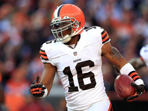 Report: Patriots Favorites To Land Josh Cribbs?