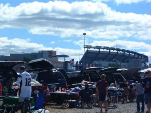 Rules of the Road: The 10 Commandments of Tailgating at Gillette Stadium