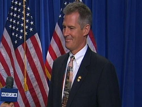 Scott Brown Responds To Cain Comments, Challenges Warren