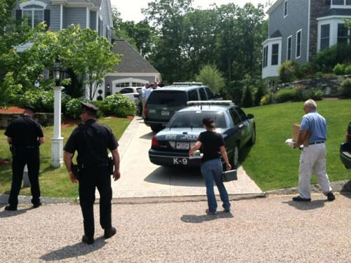 State Police Investigators Swarm Home Of Patriots' Aaron Hernandez