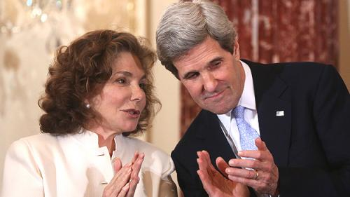 Teresa Heinz Kerry Discusses 'Miraculous' Recovery From Seizure