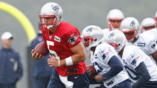 Tim Tebow Catches Passes During Patriots' First Practice Of Training Camp