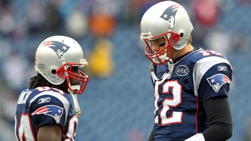 Tom Brady Denies Report About Texting Deion Branch, Brandon Lloyd To Gauge Availability
