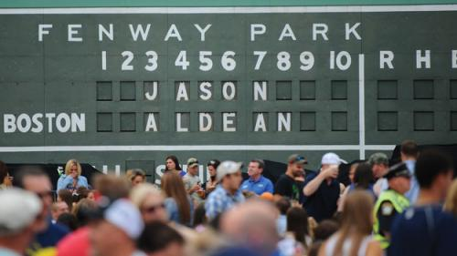Toucher & Rich: Lucchino Goes Country At Jason Aldean Concert