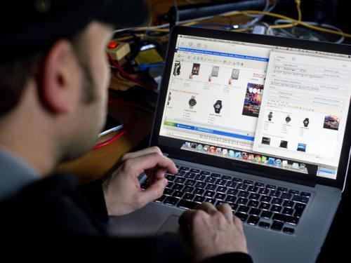 Websites Offer Perks To Freelancers