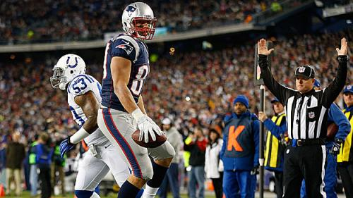 What To Watch For: Gronk Should Have Field Day Against Colts Defense