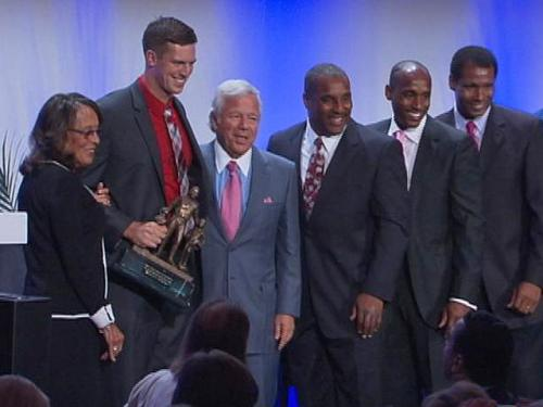 Zoltan Mesko Wins Ron Burton Community Service Award